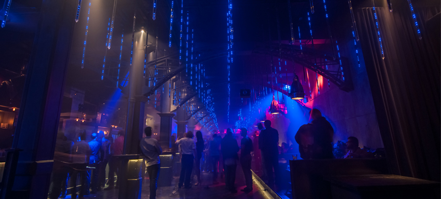 In liberty nightclub in curitiba wife fucks with strangers - 2 10