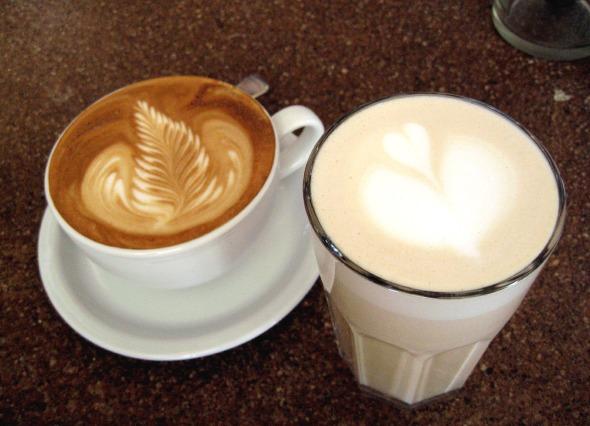 20070708_dh-lattes.jpg