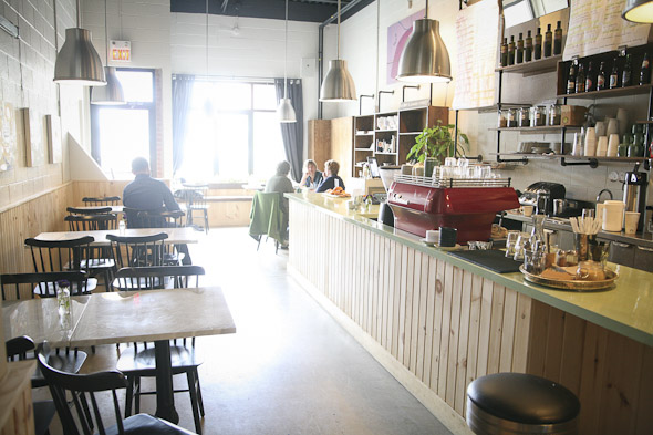 20110916-cafeneon-8.jpg