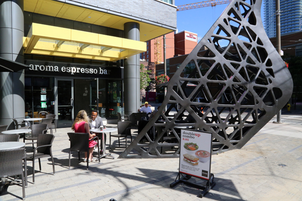 Aroma espresso bar king and spadina for Aroma indian cuisine toronto