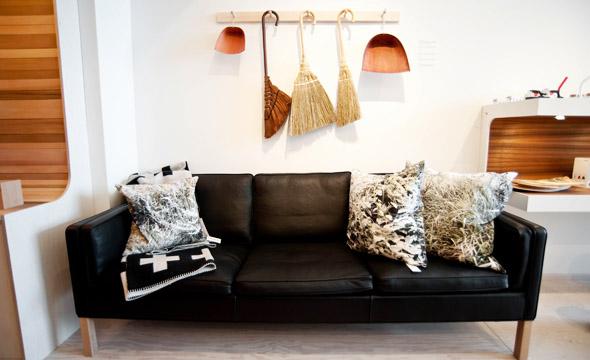 Mjolk Sofa