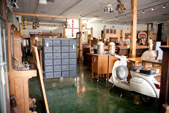 Hideaway Antiques