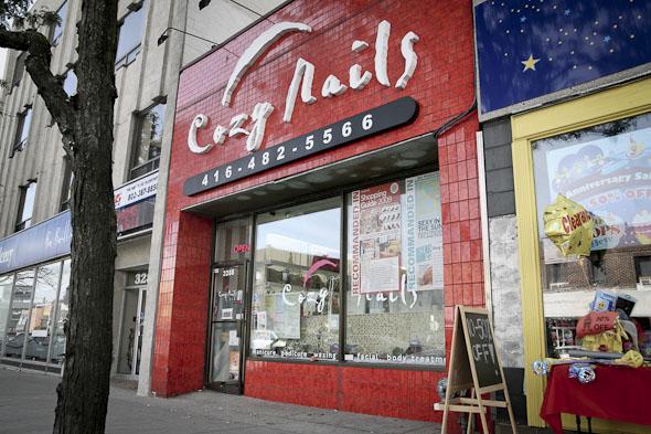 Cozy Nails