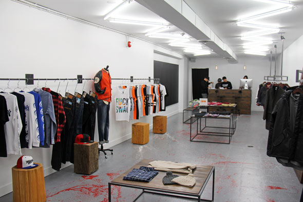 Supreme Clothing Store Toronto