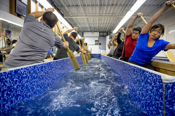 Toronto Gym Has A Dragon Boat Indoor Paddling Pool