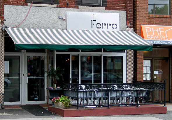 Ferro Bar and Cafe