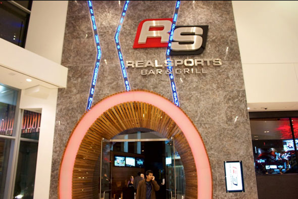 Real Sports Bar Toronto