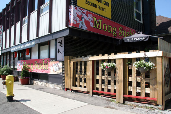 Mong sushi on laird is one of those rare japanese restaurants with a
