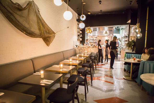 Casual And Elegant Italian Restaurant Ufficio On Dundas