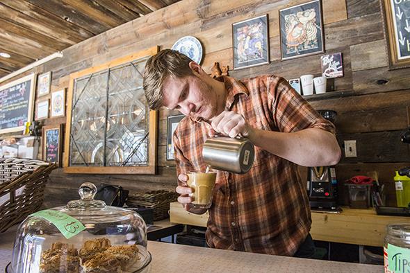 Hastings Snackbar Toronto