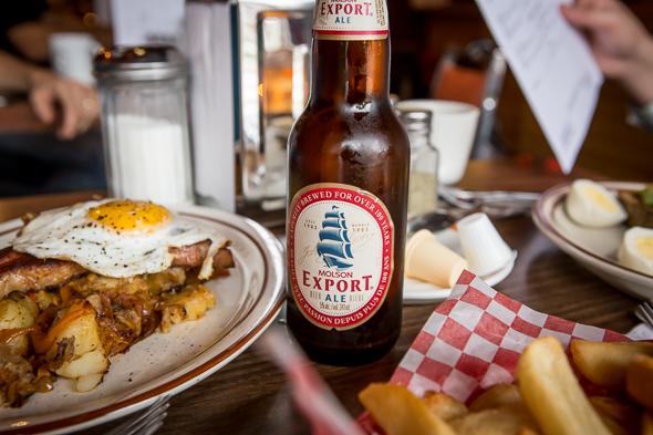 Harrys Diner Bar restaurant Toronto