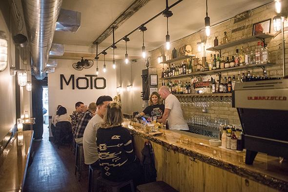 Moto Cafe Snack bar Toronto