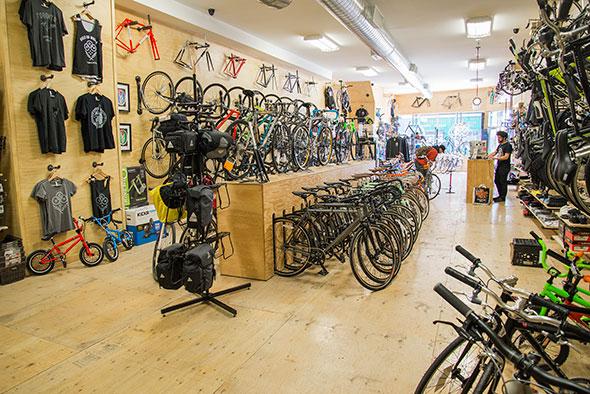 Bikes On Wheels Kensington Bikes on Wheels Dundas West