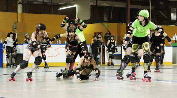 Gore-Gore Rollergirls Jammer on the Move