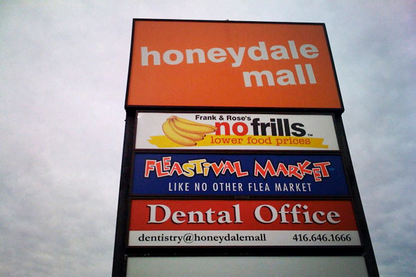 honeydale mall etobicoke