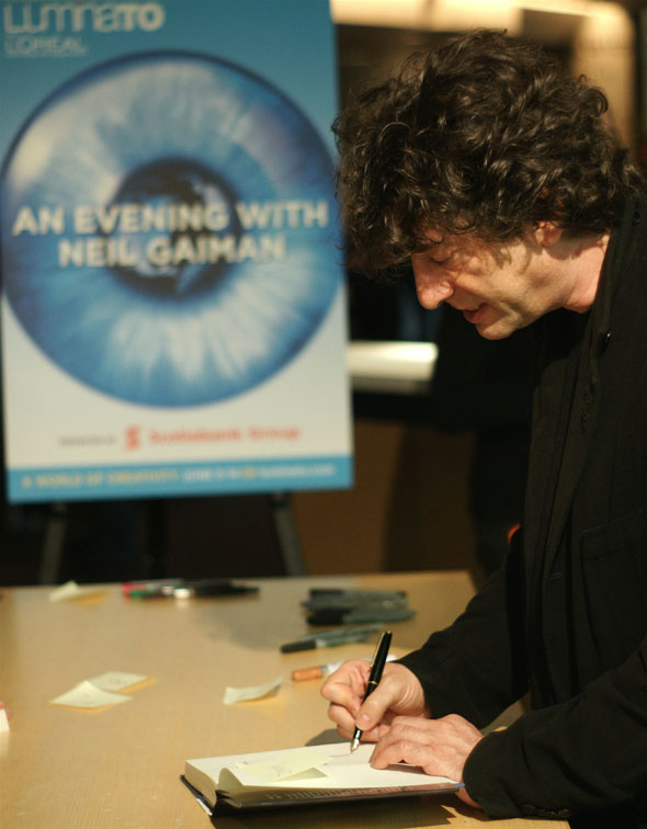 Neil Gaiman at LuminaTO festival