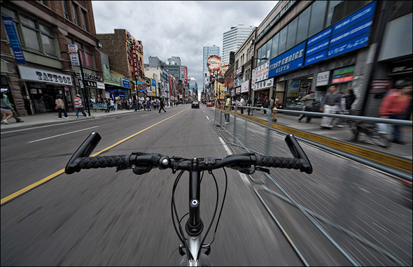 20090806-bike yonge.jpg