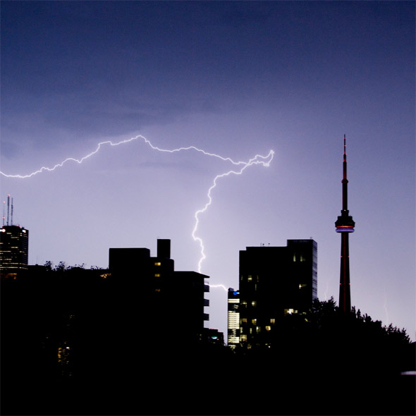 Amazing Lightning Show Over Toronto