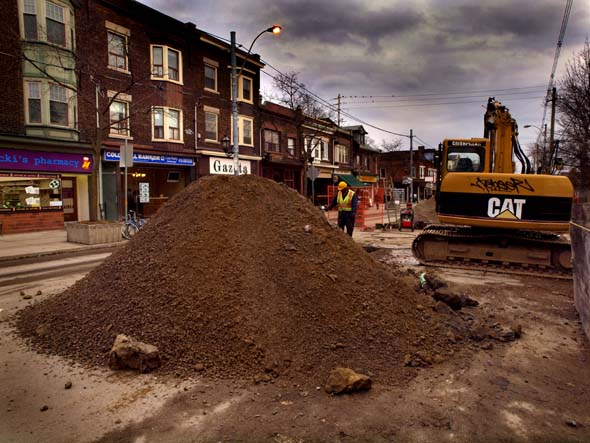 Another view of the Roncesvalles construction site
