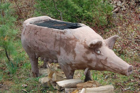 20100509 - Outdoor Pig Grill.jpg