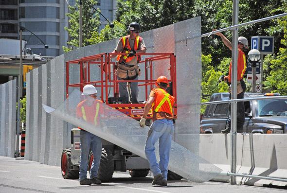 20100608-g20-6-construction2.jpg
