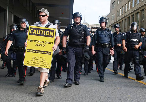 20100627-protest-signs-22.jpg