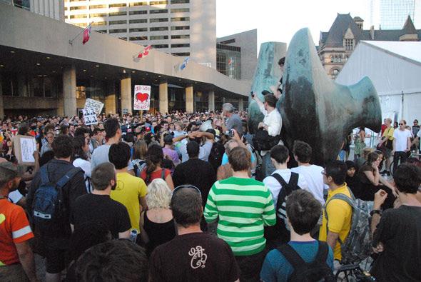 20100629---G20-protest4.jpg