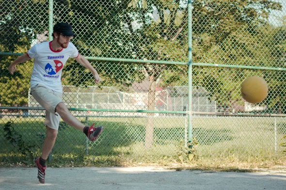 Best Summer Sports Leagues in Toronto Kickball