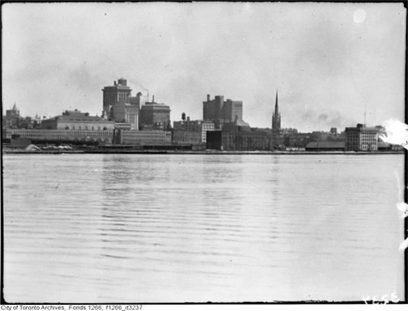 Toronto skyline 1920