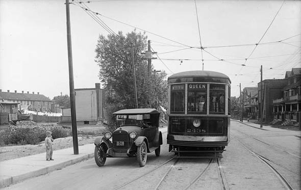 connaught avenue, queen street, toronto, streetcar, 1923
