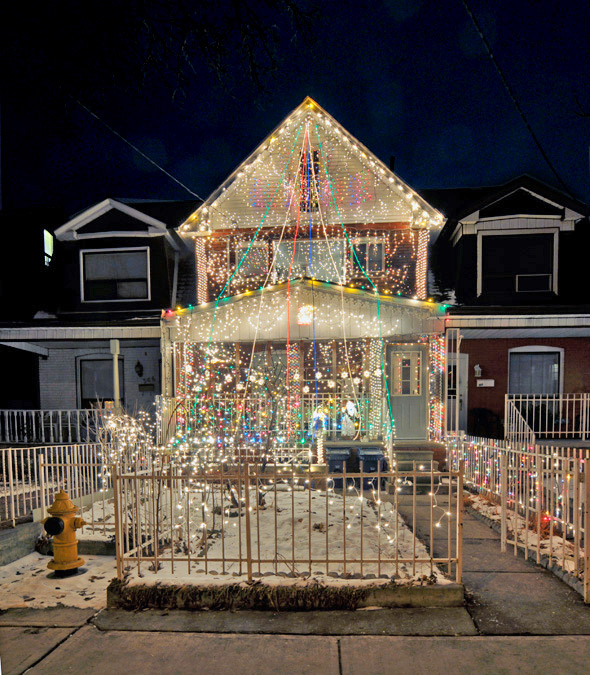 Most decorated christmas house in toronto
