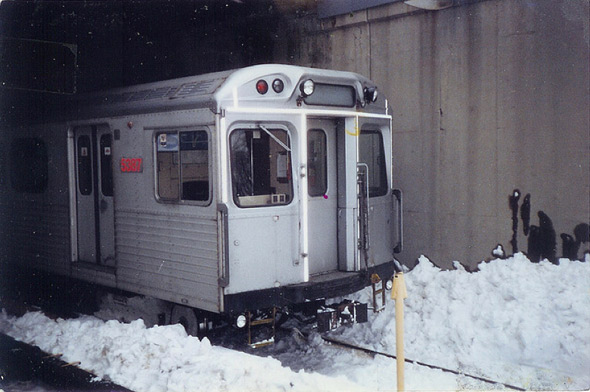 20101229-blizzard1999subway.jpg