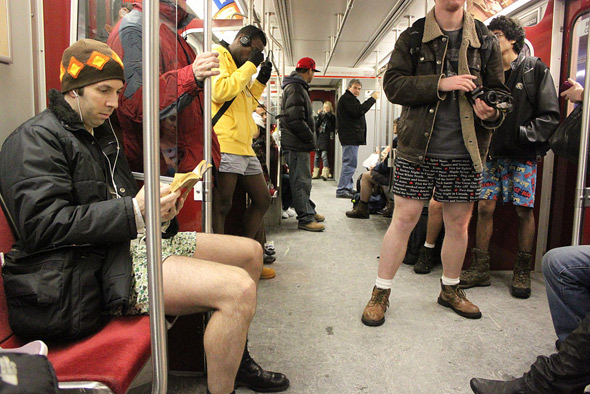 20110110-no_pants_vitamin_reading.jpg