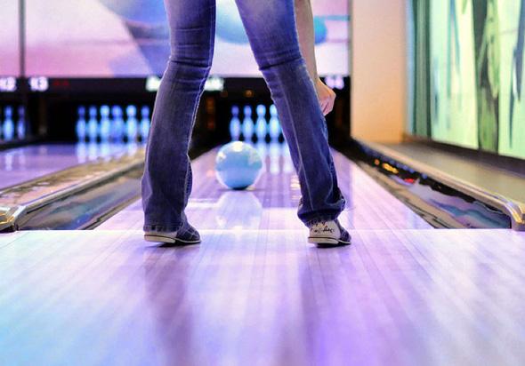 2011131-bowling.jpg