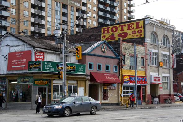 Cheap Hotels In Scarborough Toronto
