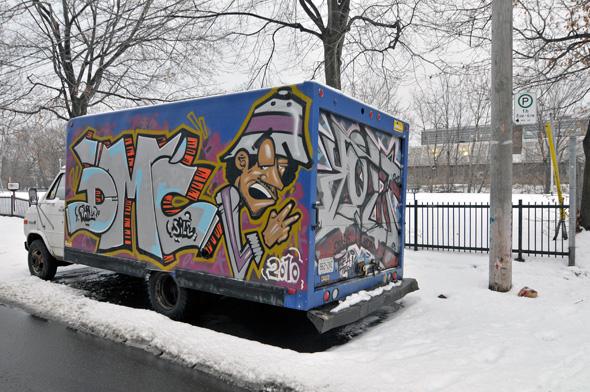 2011229-GearyGraffitiTruck.jpg