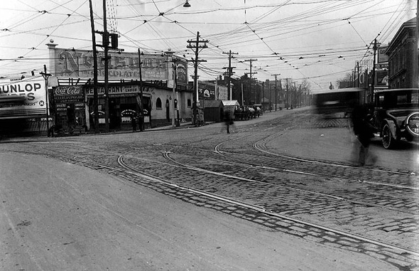 201126-King_Queen_Roncesvalles1920s.jpg