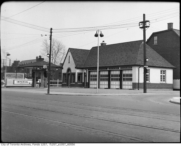 Kingston Gas Prices >> What gas stations used to look like in Toronto
