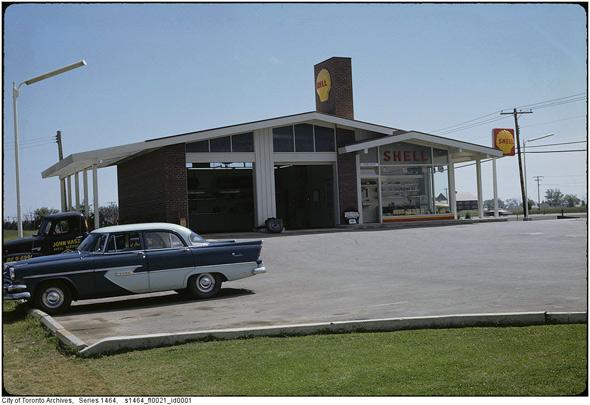 2011326-gas-shell-1960s.jpg