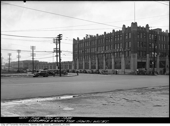 2011421-loblaws-warehouse-bathurst-fleet-1936-s0372_ss0003_it1390.jpg