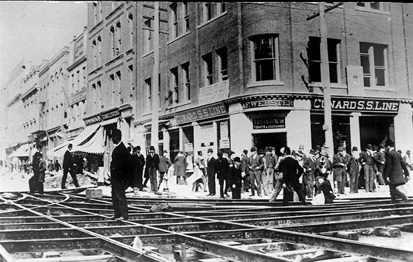 20110103-1892-Special_track_work_installation_for_electric_cars,_King_and_Yonge_Streets,_looking_north,_August_1892.jpg