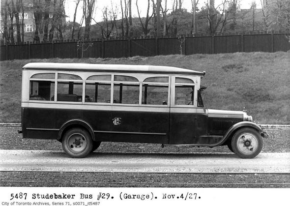 2011513-Studebaker-bus-no29-1927.jpg