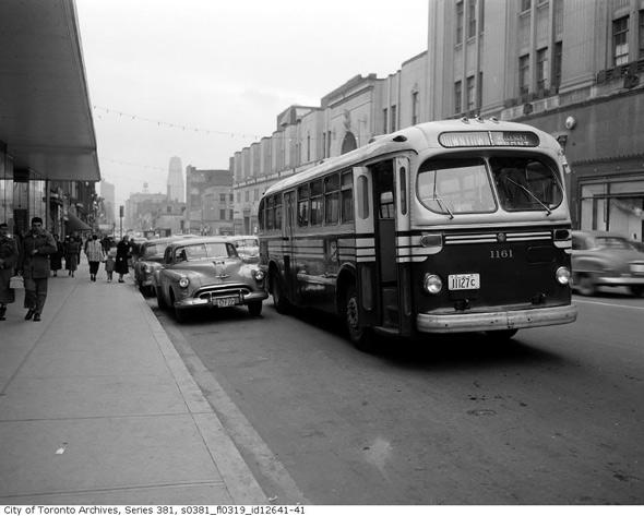 2011513-yonge-bus-1950s-better.jpg
