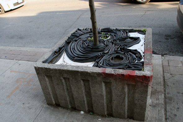 2011523-street-planter-innertube.jpg