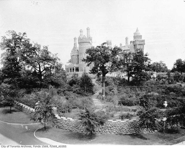 Toronto, history, Casa Loma, Sir Henry Pellatt, E.J. Lennox