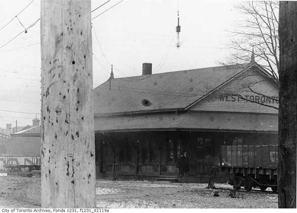 West Toronto Railway Station