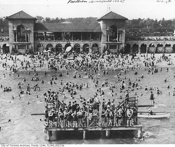 What Beaches Used To Look Like In Toronto