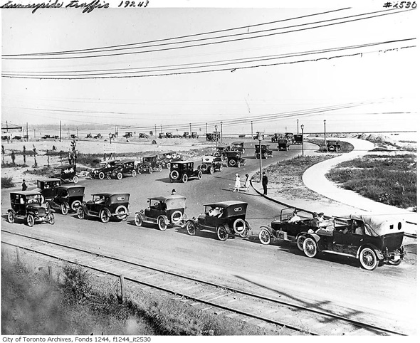 sunnyside-traffic-1924-f1244_it2530.jpg