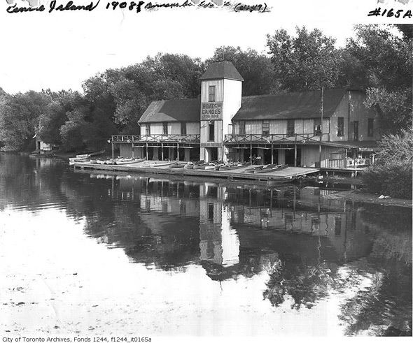 2011719-Island-Durnan's-boathouse-f1244_it0165a.jpg
