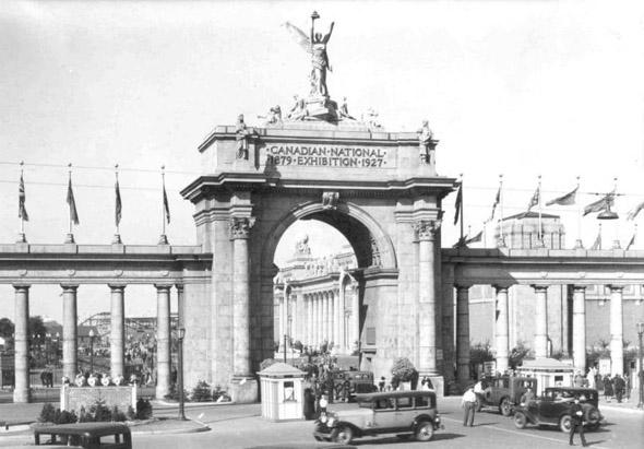 201188-CNE-princes-gates-1920s-v01_01.jpg